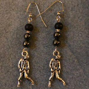 🧟♂️zombie hematite and lava rock earrings